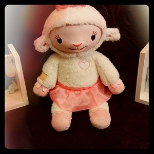 Disney Doc Mcstuffins talking lambie